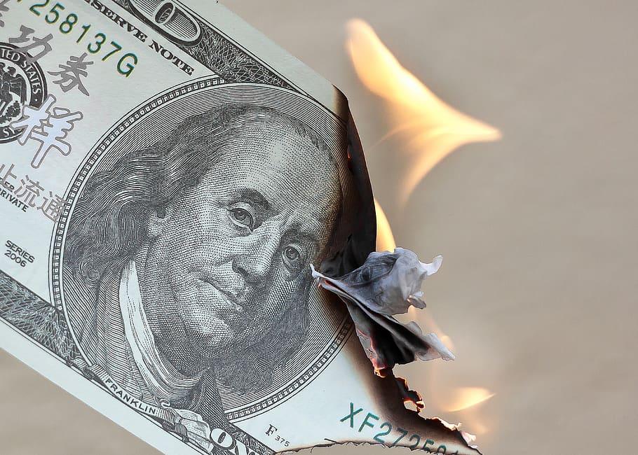 کاهش پیش بینی رشد اقتصادی آمریکا
