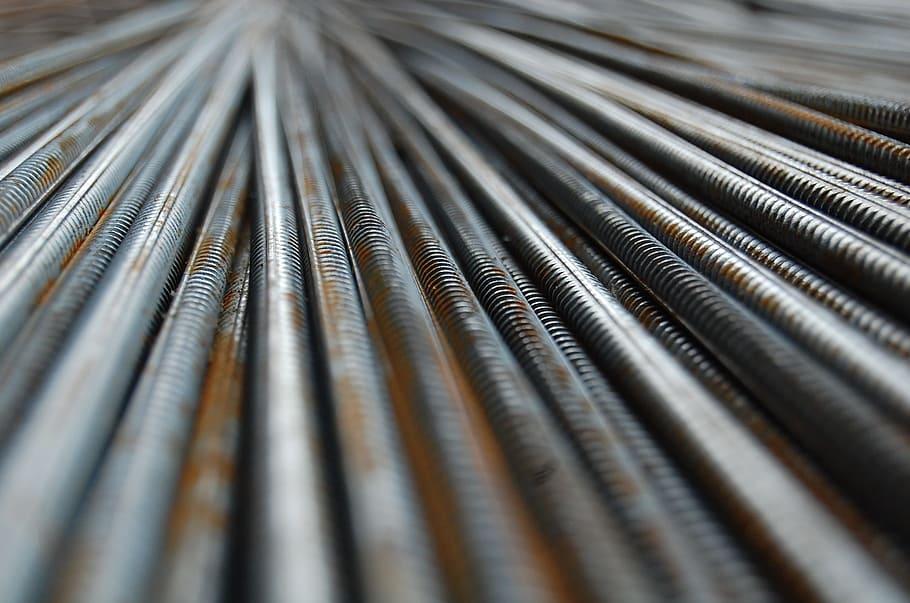 کاهش 13 درصدی تولید جهانی فولاد